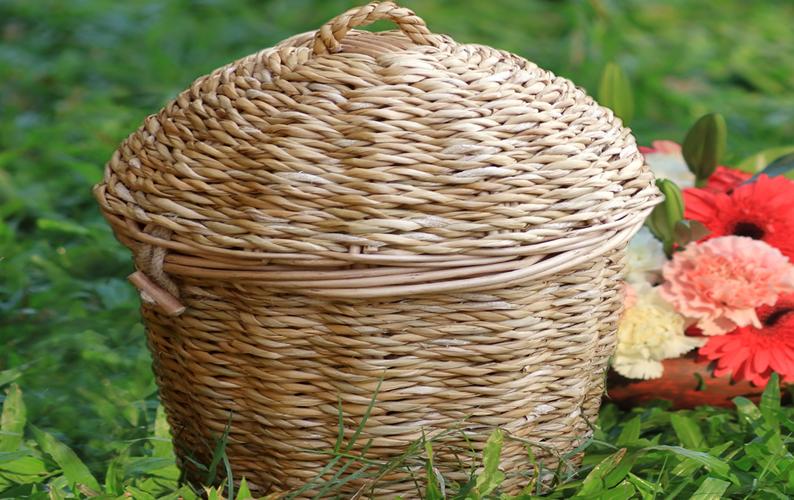 Seagrass Urn